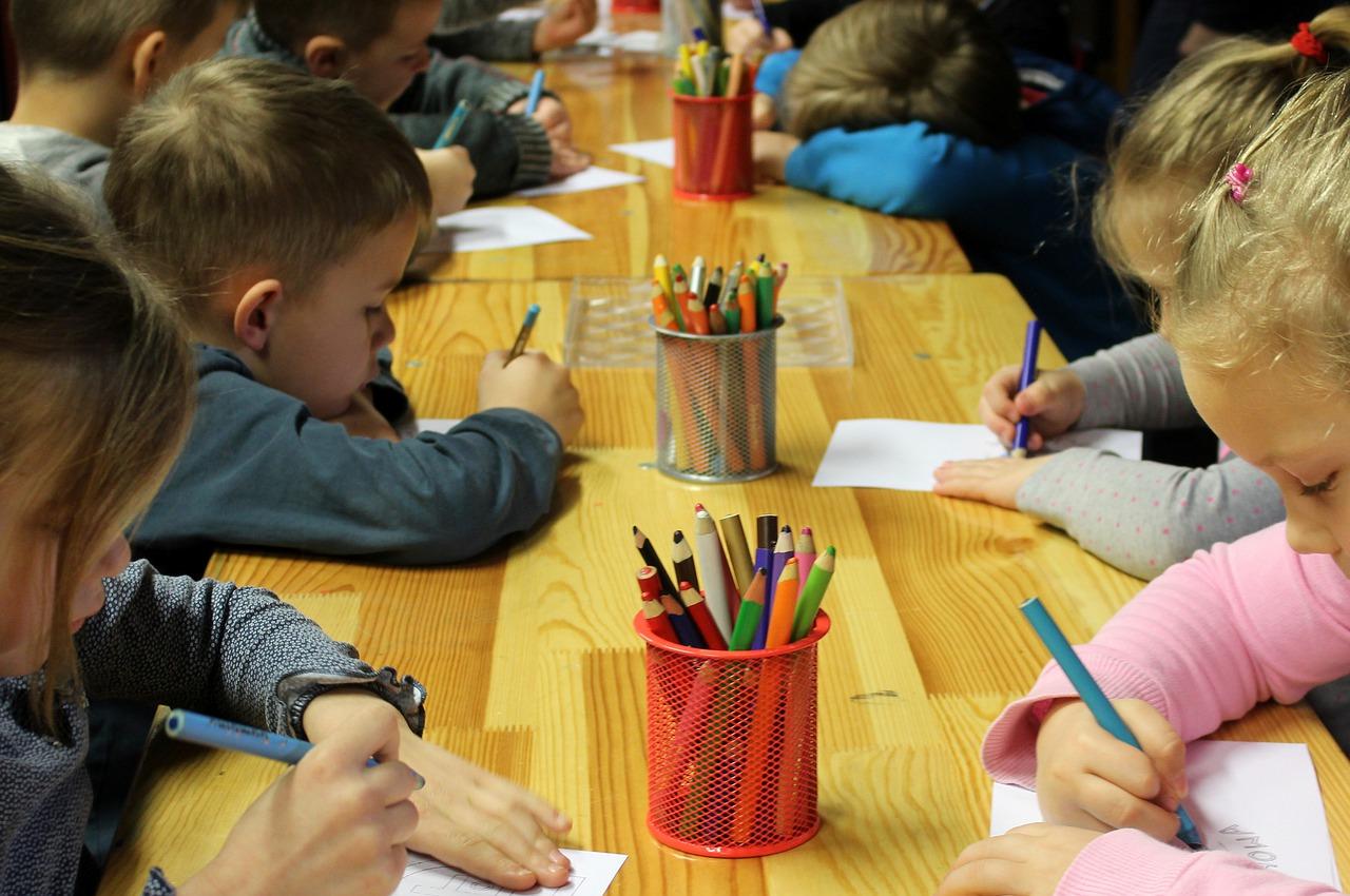 Pierwszy dzień w przedszkolu, czyli jak przygotować trzylatka do przedszkola